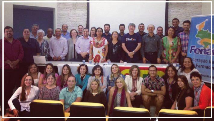 Sinfarce participa de reuni�o do  Conselho de Representantes da FENAFAR